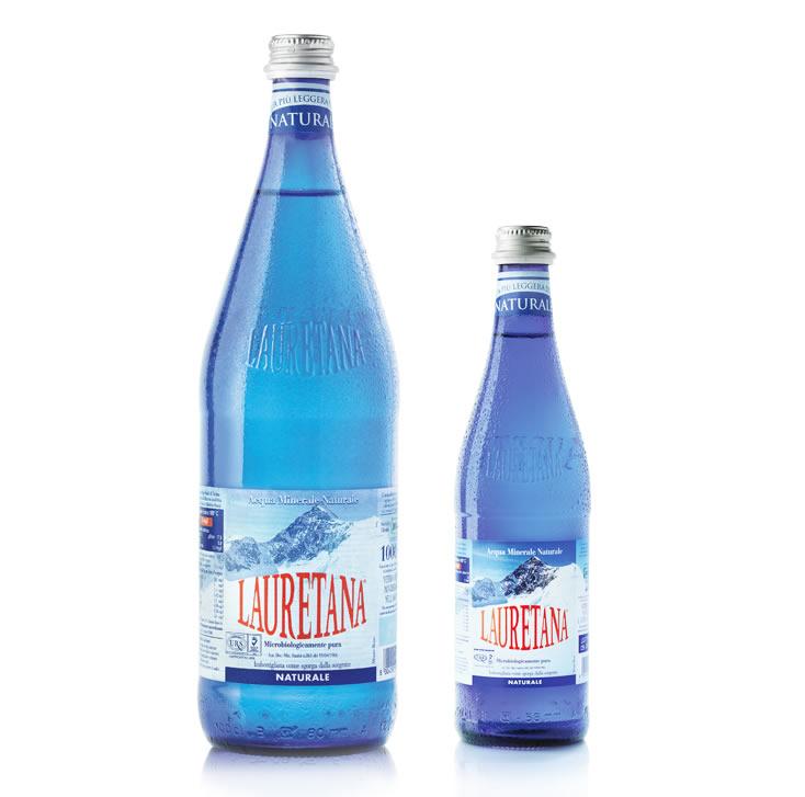 Bottiglie in vetro blu for Acque pure italia opinioni